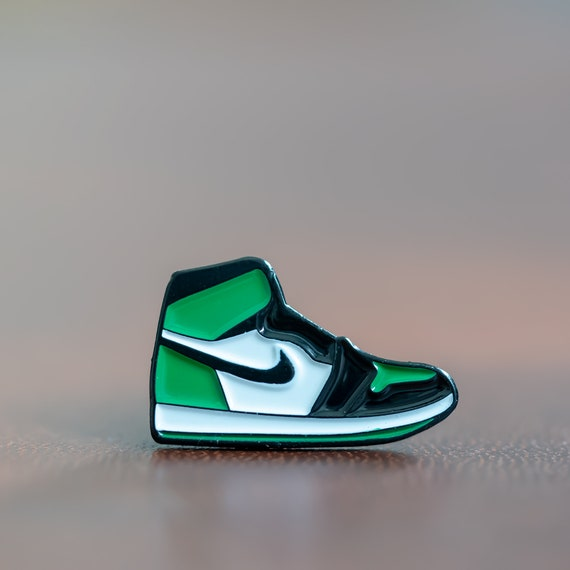 new product cf587 64742 Nike Air Jordan 1 Pine Green retro enamel pin