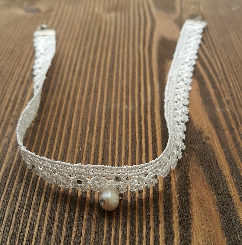 White lace choker necklace White dainty choker Bridal choker Mesh collar choker Lace Necklace Bridesmaid gifts Lace pearl choker