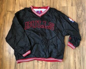 90104447b55f Chicago Bulls Pro Player Mens size Large Vintage Jacket