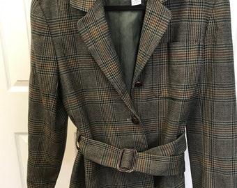 c0926f9aa691 Vintage JH Collectibles belted tweed blazer