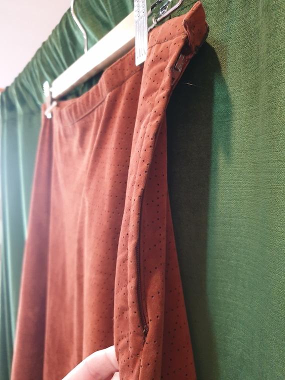 Brown 70s a-line skirt - image 6
