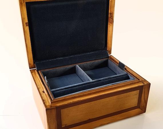 Jewellery box. Wood used: Black ebony, mahogany, olive, laurel. Ring tray, bracelets, necklaces. Jewerly Box, watch Box
