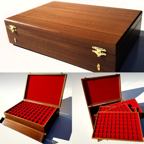 Art. ALG04 Large solid wooden case with 4 wooden coin trays Wooden coin box with 4 trays. Coins tray case. Coin display case