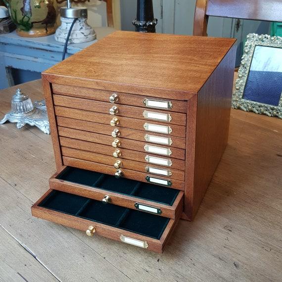 Art. CAM10 Wooden monetiere with velvet interior. 10 drawers for coins