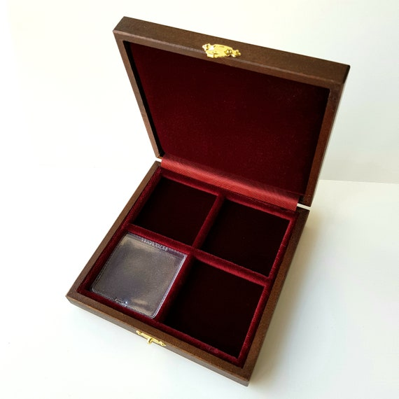 Art ALP104Q Astuccio Cofanetto per 4 monete, 4 caselle di 47 mm  ZECCHI Wood Coin Box Wooden Coin Case Coin Storage Box Solid Wood Display
