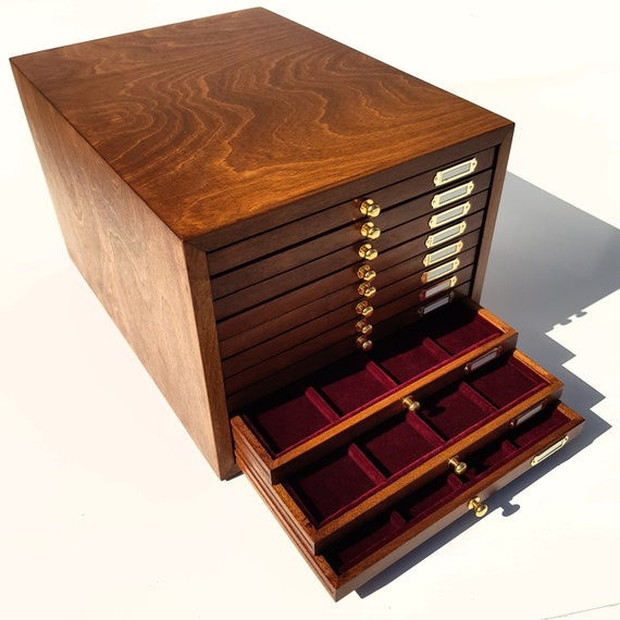Art. CAG11 ZeCCHI Monetiere made of wood with velvet interior. 11 coin drawers