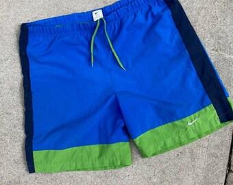 Vintage 90's Nike White Tag Shorts Large Free Ship Canada & USA