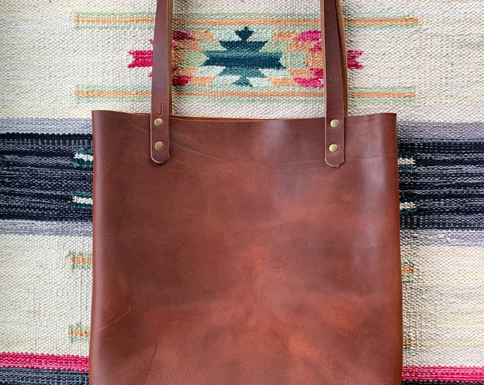 Featured listing image: Uptown Tote / 2 Outside Pockets / Top Grain Leather / Unlined