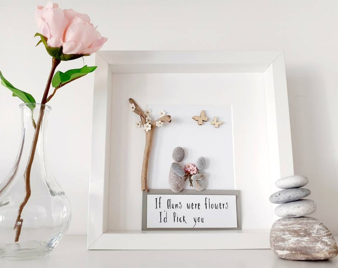 Mother's Day Gift, personalised Mothers day gift, gift for grandma, gift for nan, pebble art, framed pebble picture, Birthday gift for mum.