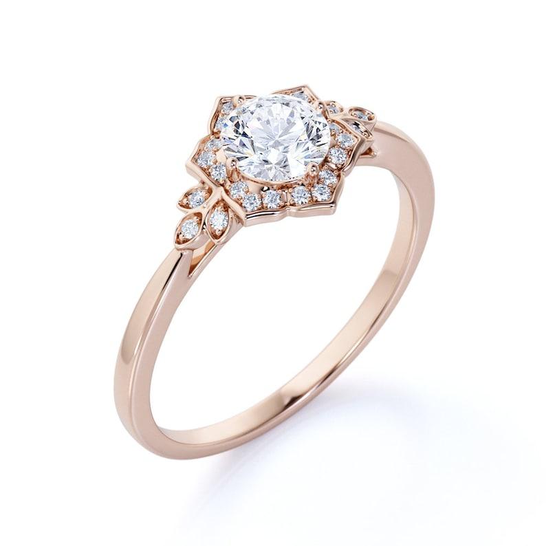 Nature Inspired Moissanite Bridal Set Flower Halo Moissanite Engagement Ring Set in 14k Rose Gold Nontraditional Engagement Ring