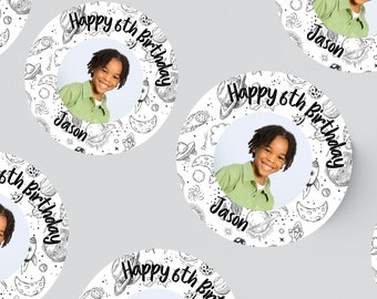 24 ROUND PHOTO STICKERS 45MM X 45MM. Christening - Birthday - Party - Party Bags - Personalised Stickers - First Birthday - Space - Astonaut