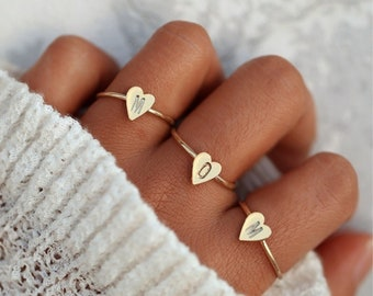 e1ac91f3b7 Custom Engraved A-Z Initial Ring - Personalized Heart Shaped Ring - Tiny  Heart Stackable Ring - Rings Gold - Gift For Her - Bridesmaid gift