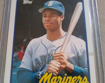 f864f4a5b1 Ken Griffey, Jr. Rookie Card (1989) Topps Traded - Near Mint Condition!
