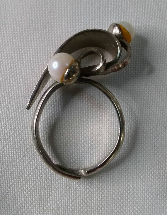 Vintage Mid-century Faux Pearl Jewelry Bundle - 2… - image 5