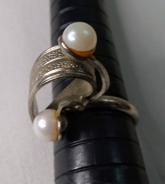 Vintage Mid-century Faux Pearl Jewelry Bundle - 2… - image 6