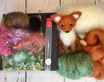 Needle Felting Fox Kit, Complete Kit with Felting Supplies, Tutorial, Sizing Guide, Gift for Crafters and Animal Lovers