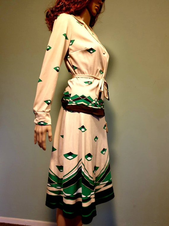 Two piece suit 60s vintage retro  green brown