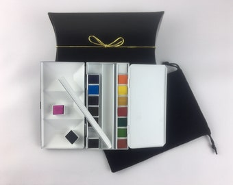 """The """"Dolce"""" Whiskey Painters Artist 16 Half Pan, Travel Palette Box, 20 1/2 pans included  Made in Italy."""
