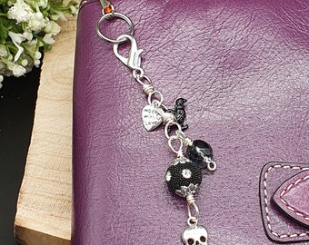 Skull and Black Bead Dangle Gothic Charm, Spooky Black Gothic Charm, Skull Dangle, Planner Charm, Bag Accessory