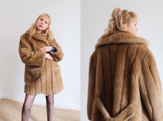 Vintage 70s Beige Faux Fur Coat