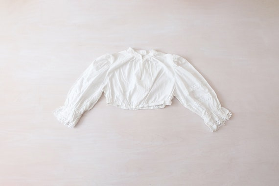 Vintage 80s White Cropped Austrian Blouse