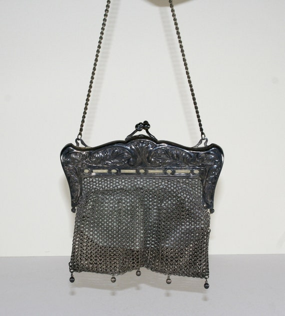 Antique German Silver Art Nouveau Chain Mail purse