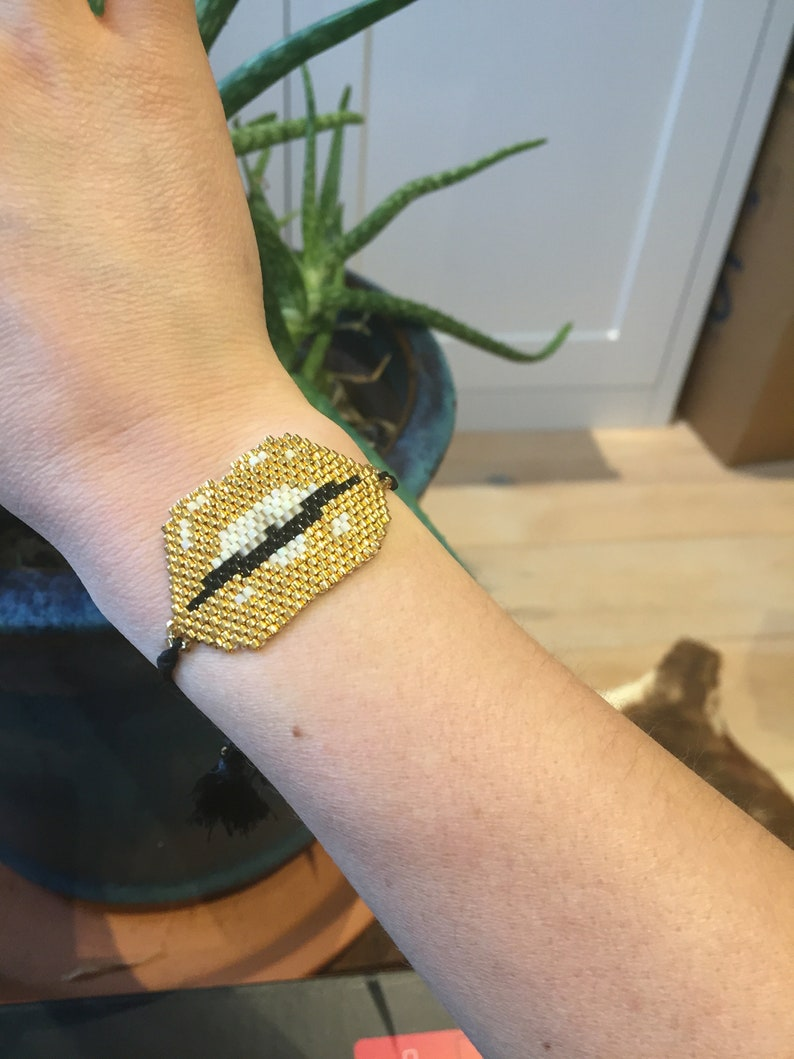 hand made wtih 24k gold plated Miyuki beads Gifts for her 24k BeadedLips bracelet Adjustable brick stitch