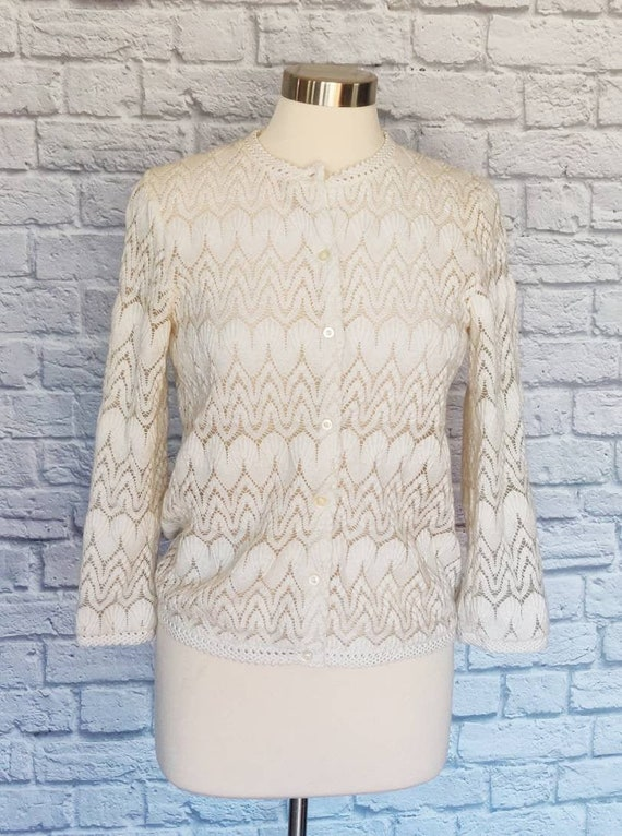 1960s 70s Short Sleeves Lacey Rayon Knit Semi Sheer Blouse Top Asian Ivory White Lace Cardigan Sweater Small