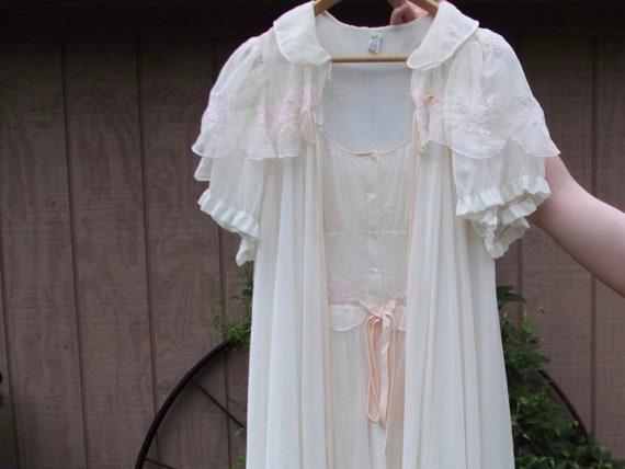 Eyeful Nightgown/Cape Set // Embroidered Sleepwear