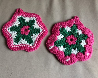 Vintage Crochet Pot Holders   Pair of Green Pink and White Pot Holders   Vintage Midcentury