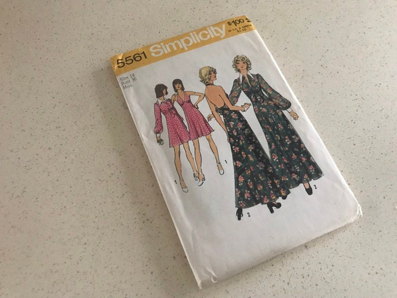 Vintage Simplicity Sewing Pattern 5561 from 1973 Size 10  image 0