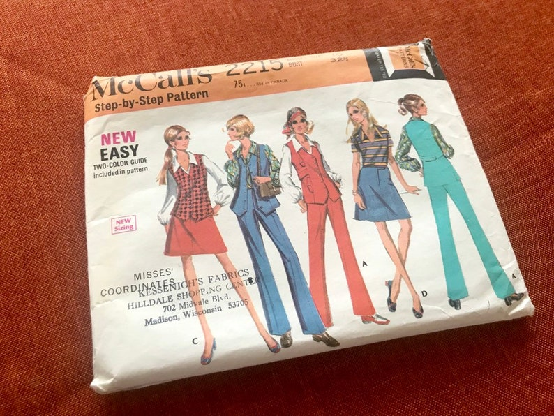 McCall's Sewing Pattern 2215 from 1969  Size 10  Retro image 0
