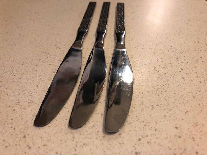 Retro 3 Vintage Gingko Ltd Midcentury Stainless Mid Century MCM Silverware Japan Stainless Floral Knives Flatware