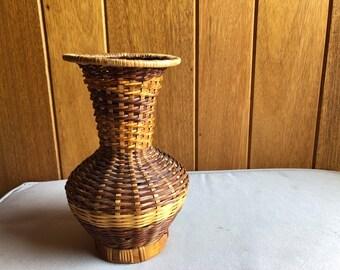 Wicker Vase Boho Decor   Basket Vase for Desktop Shelf Decoration   Bohemian Eclectic Design