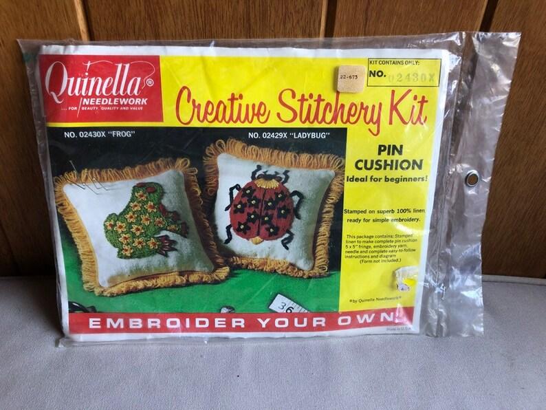 Quinella Frog Pin Cushion Needlepoint Stitchery Kit  Vintage image 0