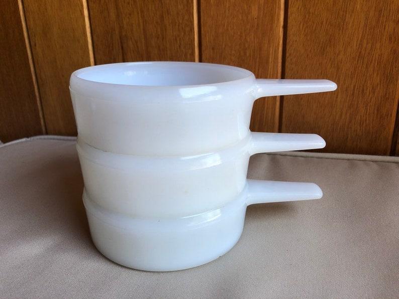 Three Vintage Handled White Milk Glass Ovenware 14 OZ Soup image 0