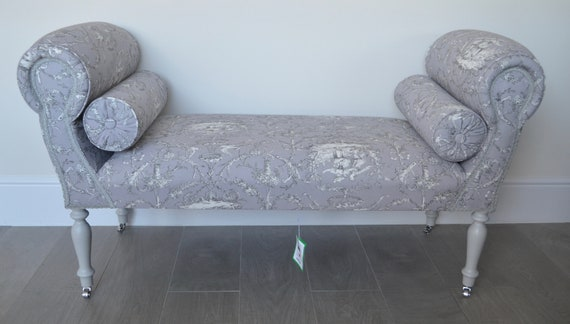 Super Chaise Longue Lounge Sofa Daybed Seat In A Grey Lilac Toile De Jouy Print Caraccident5 Cool Chair Designs And Ideas Caraccident5Info