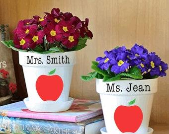 Teacher gift- Christmas teacher gift- Teacher flowerpot- Personalized teacher gift- Gift for teacher- New teacher present- Flowerpot tutor