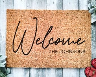 Signature Welcome Family Name Doormat | Housewarming or Wedding Gift | Custom Doormat | Personalized Doormat | Closing Gift | Front Door Mat