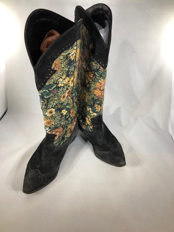Vintage 1989 Peter Fox Tapestry Boots
