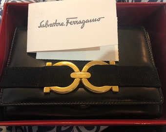 0d522a2627 Salvatore Ferragamo Vera Chain and Clutch Bag (New !!)