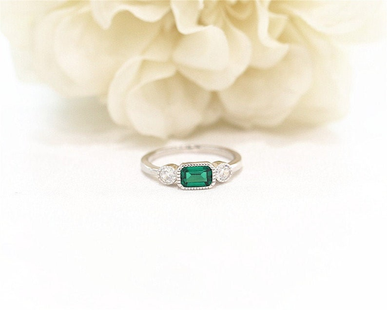 Silver Ring 4*6mm Sqare Cut Created Emerald Ring White Gold Plated Ring   Engagement Ring Wedding Ring Anniversary Ring Handmade Ring