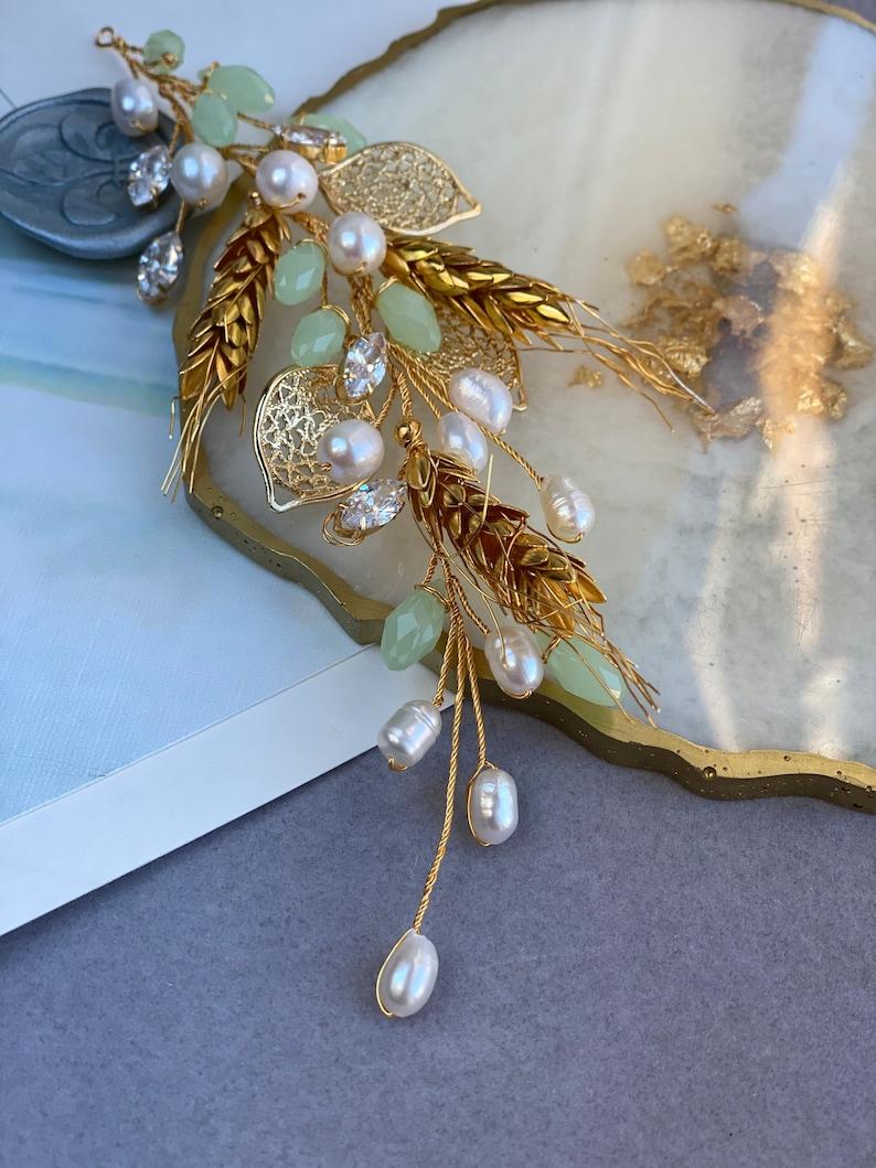 Bridal hair accessory Pearl gold wedding hair vine Boho bridal headpiece Floral pearl bridal headpiece Bridal gold hair vine