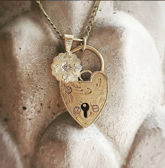 RESERVED! Vintage Heart Padlock 9ct Gold