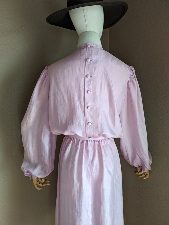 Vintage lightweight silk Lilac midi Dress early 8… - image 5