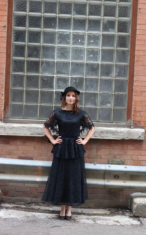 Vintage 1980s black lace peplum dress | Small