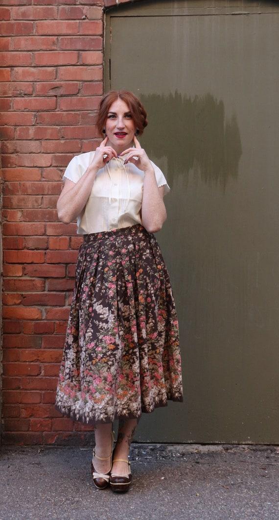 Vintage 1970s deadstock Novelty Print Skirt   Medi