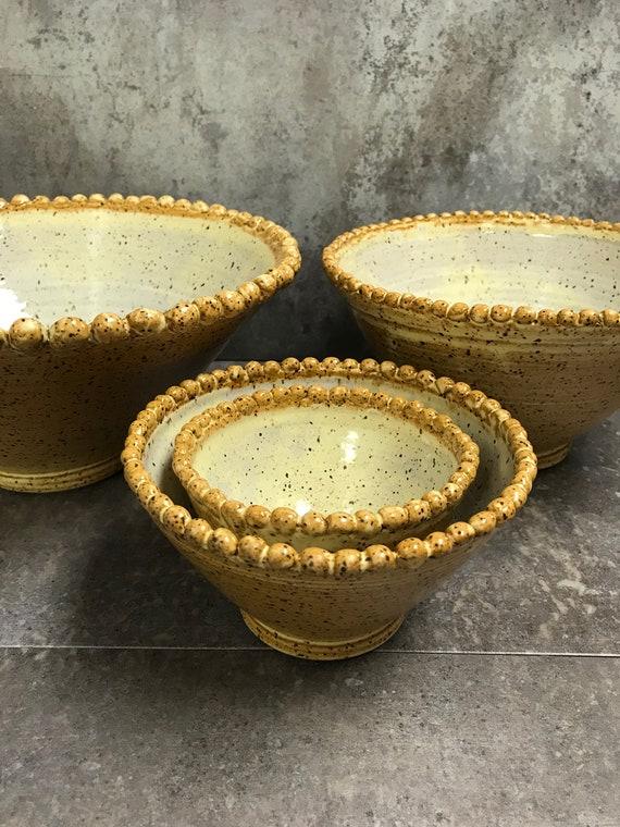 Ceramic bowls/Nesting bowls/Beaded bowls/Dinner party bowls/Space-saving bowls/Bowl set