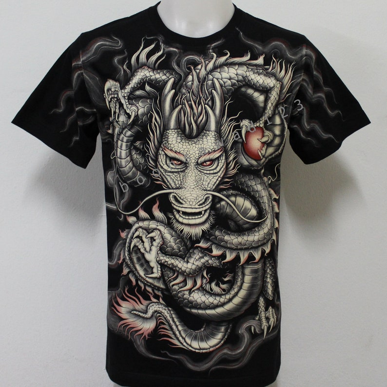 Chinese Dragon glow in the dark T-shirt size M