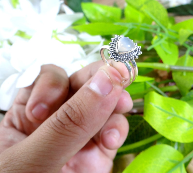LABRADORITE ring 925 Silver RingBlue color ringHandmade ringGift for hergift for momBirthday GiftDainty RingFebruary Birthstone.